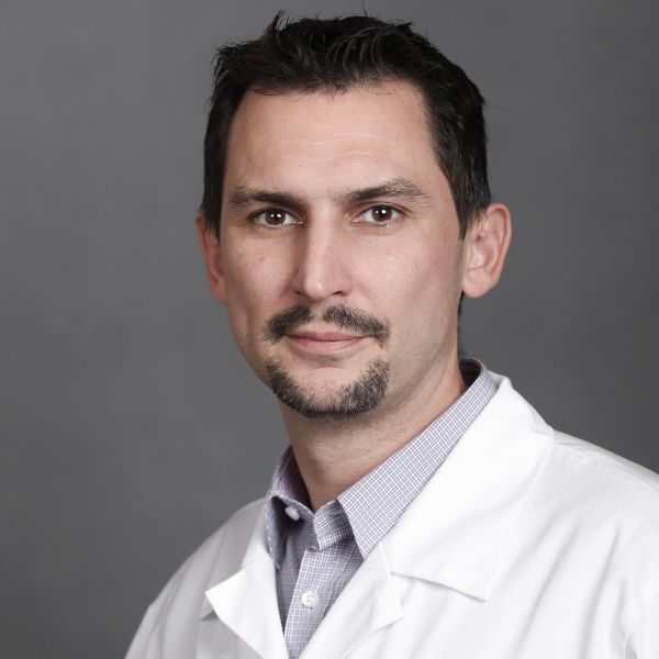Dr. Marjas László