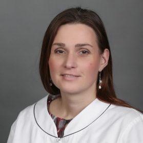 Dr. Dozsa Aniko
