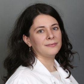 Dr. Miksi Agnes